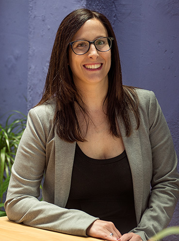 Claudia Simón / Events Director & Accounting Manager