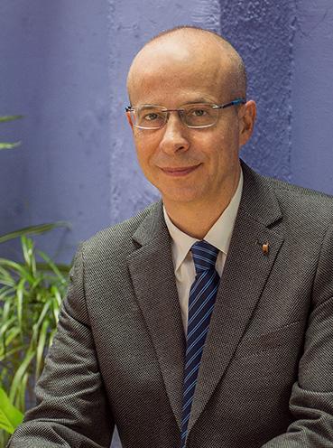 Ferran Simón / Deputy & Commercial Director